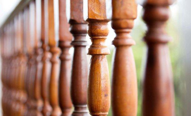 Balustrady Drewniane Jakie Są Rodzaje Jak Je Montować