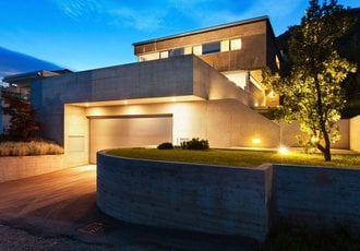 Jakie Oświetlenie Zewnętrzne Domu Wybrać Building
